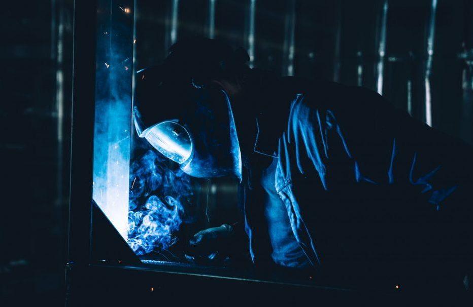 Handwerker am schweißen